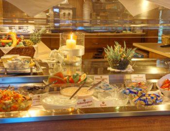 Frühstück im Hotel Sonnhalde