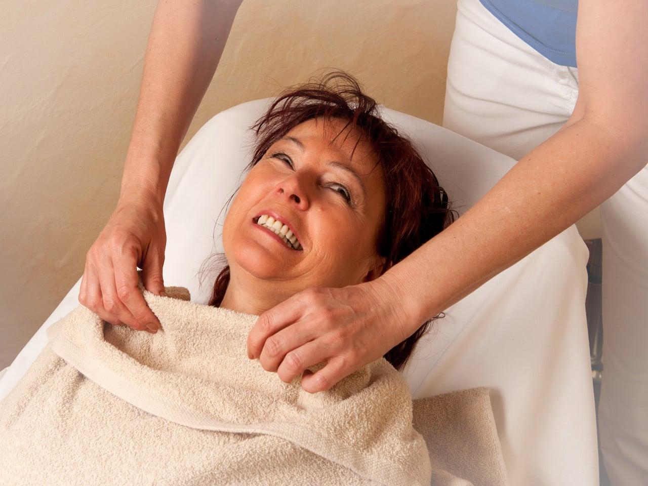 Gesichtsbehandlung im Hotel Sonnenhof - Sonnhalde