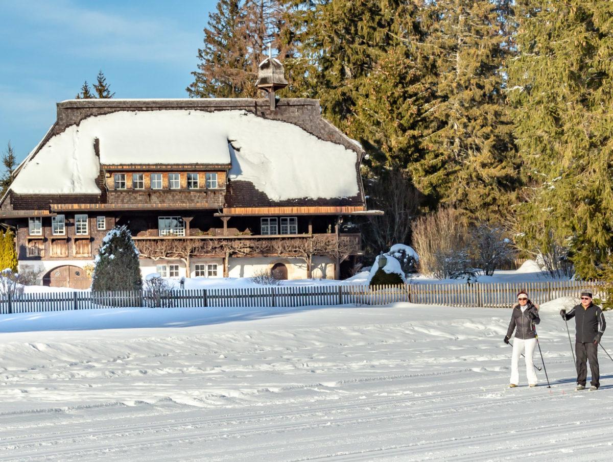 Wintersport vor historischer Kulisse